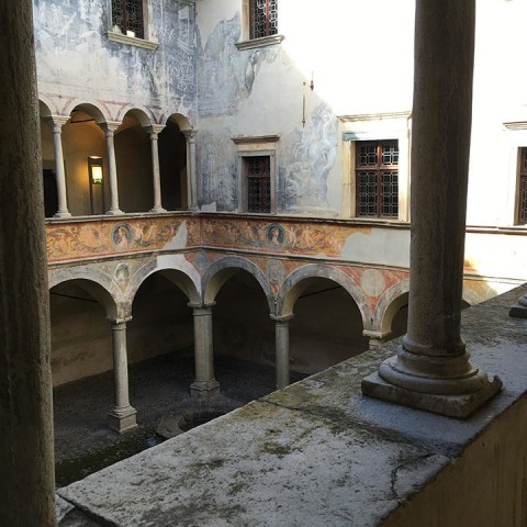 Palazzo Besta: what a surprise!